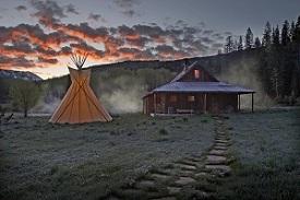 Dunton Cabin And Teepee